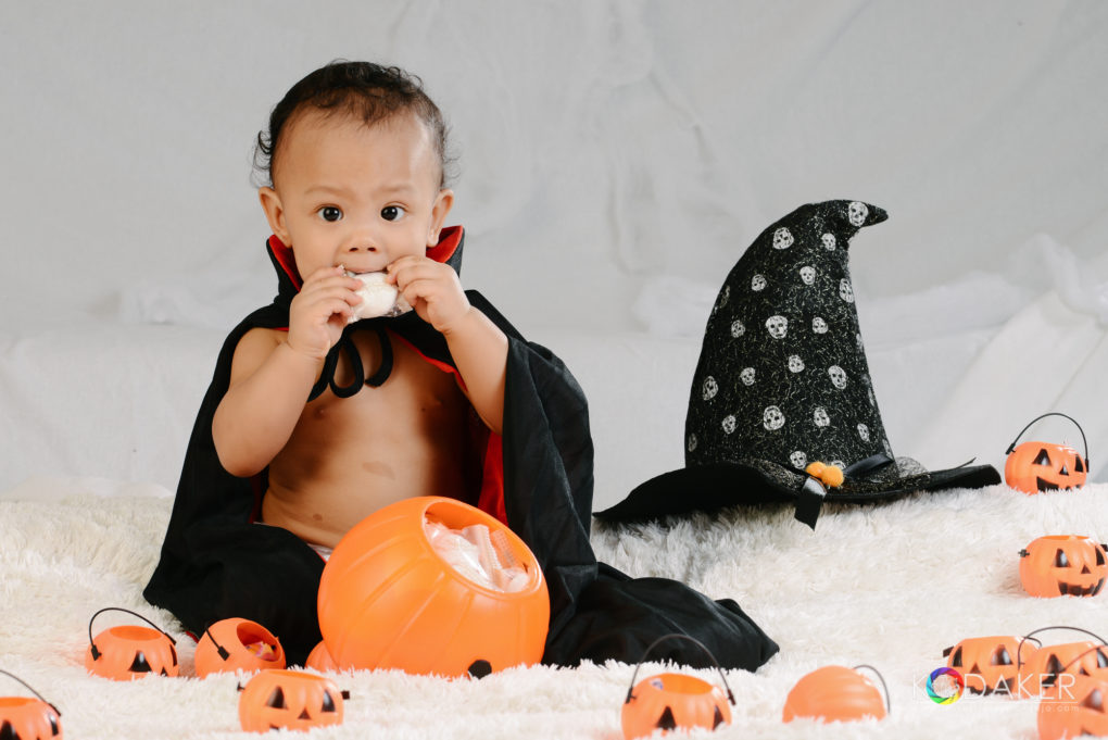 little wizard baby holloween photo shoot