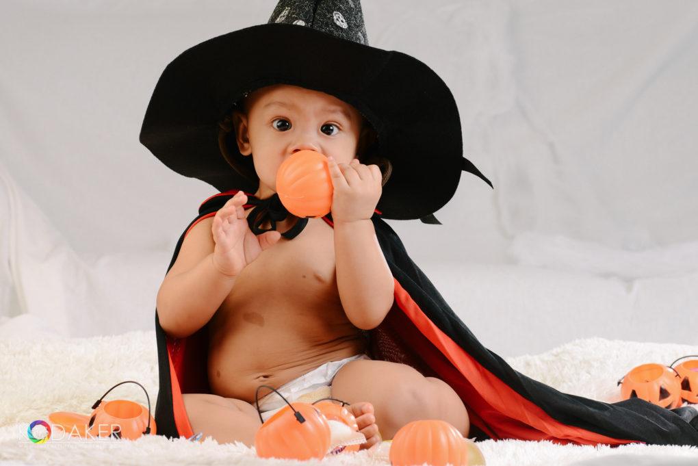 little wizard baby holloween photo shoot